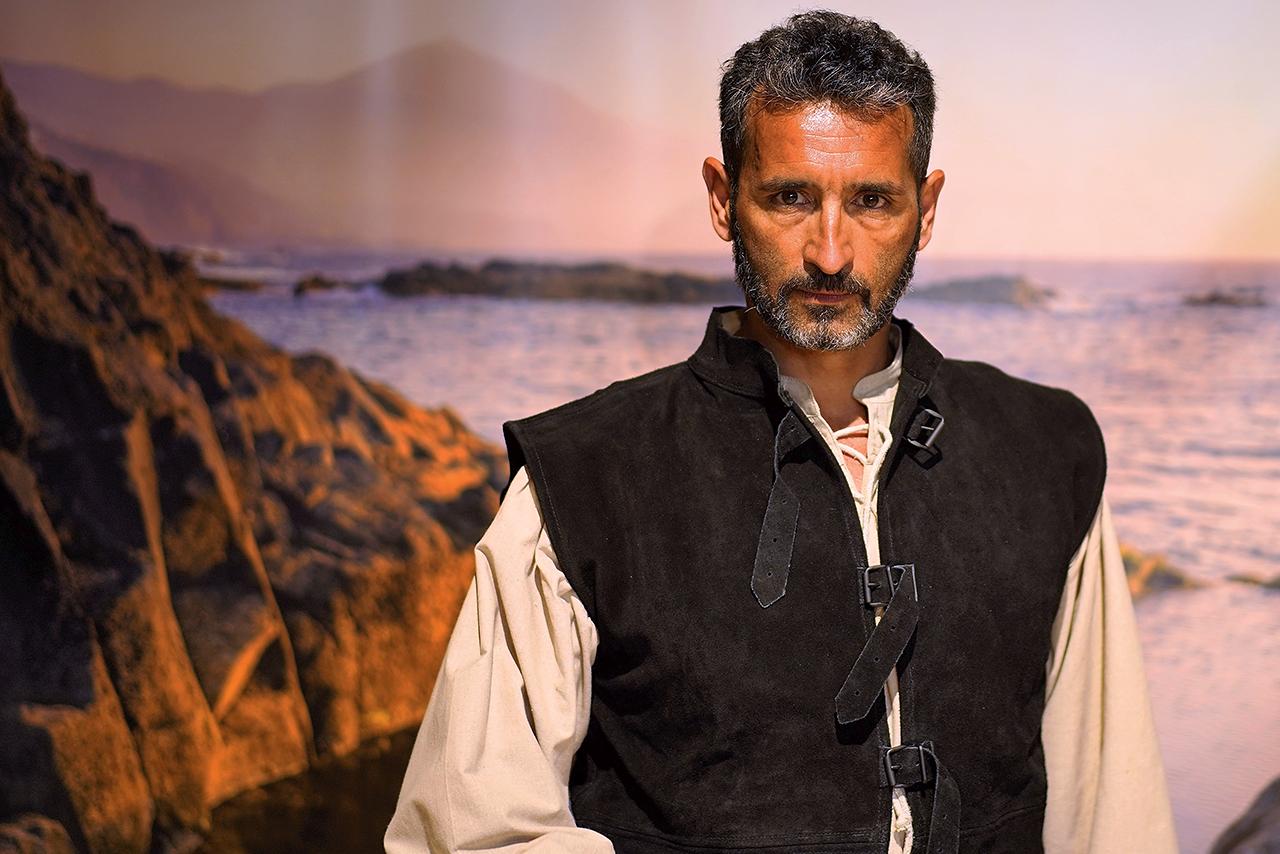 Uno de los actores de la Compañía Garcilasos