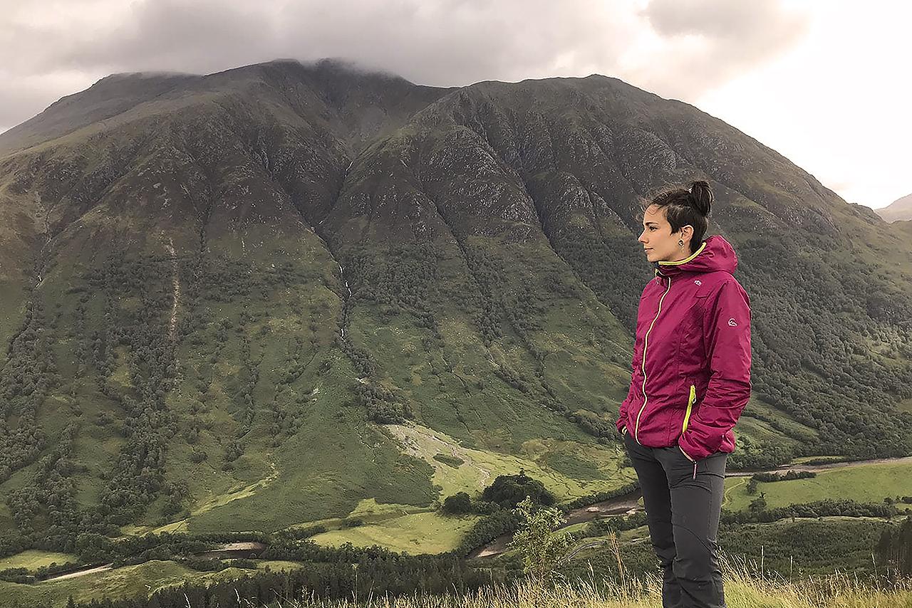 Aurora de Castro, la complutense que ha llevado su TFG a la portada de Science