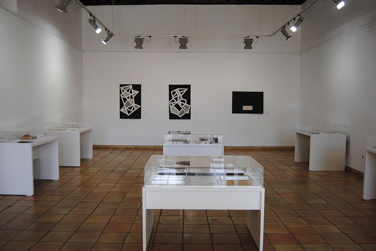 La exposición se puede visitar hasta el 25 de abril en las dos plantas del edificio renacentista que es la sede actual del Museo de Obra Gráfica de San Clemente