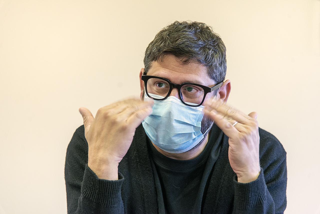 David Berná es profesor de Antropología Social
