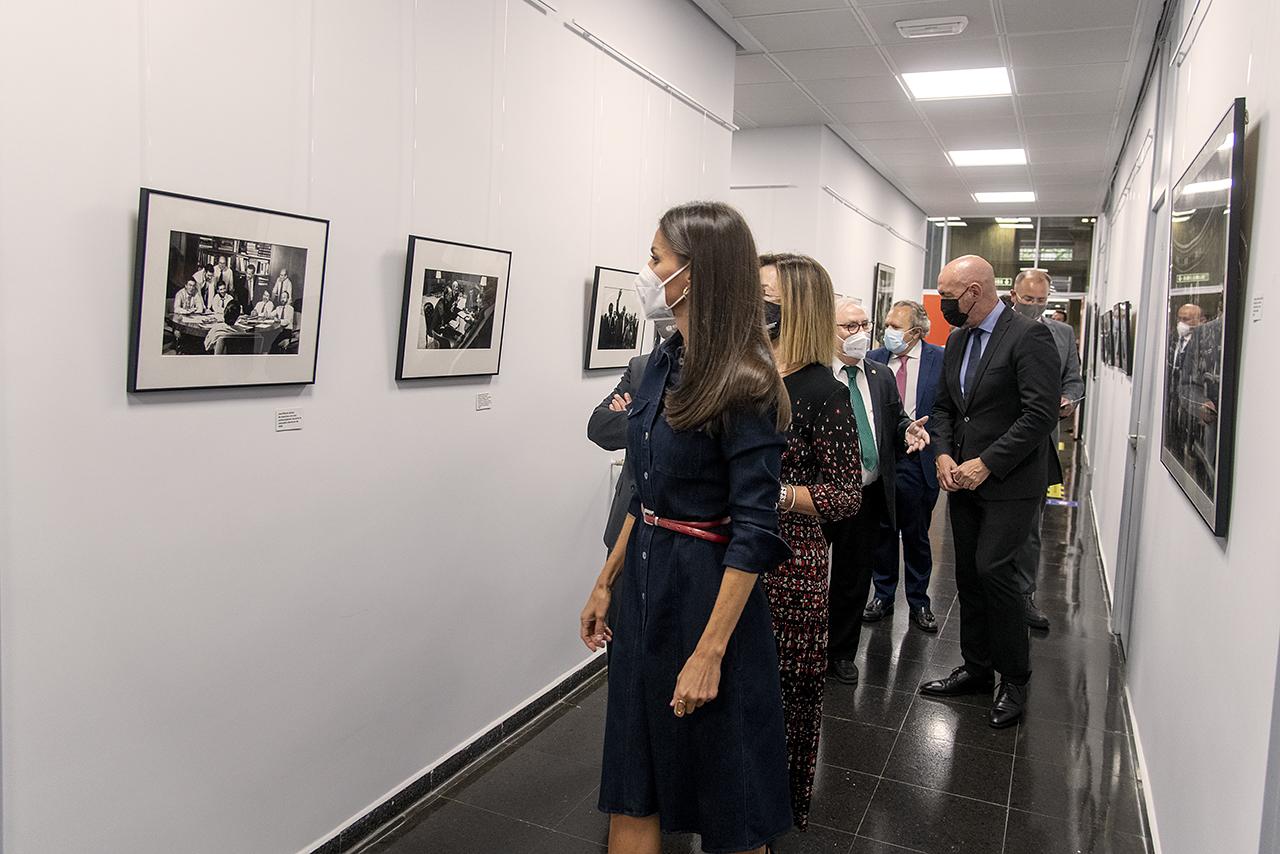 Visita a la exposición de fotografías de Marisa Flórez