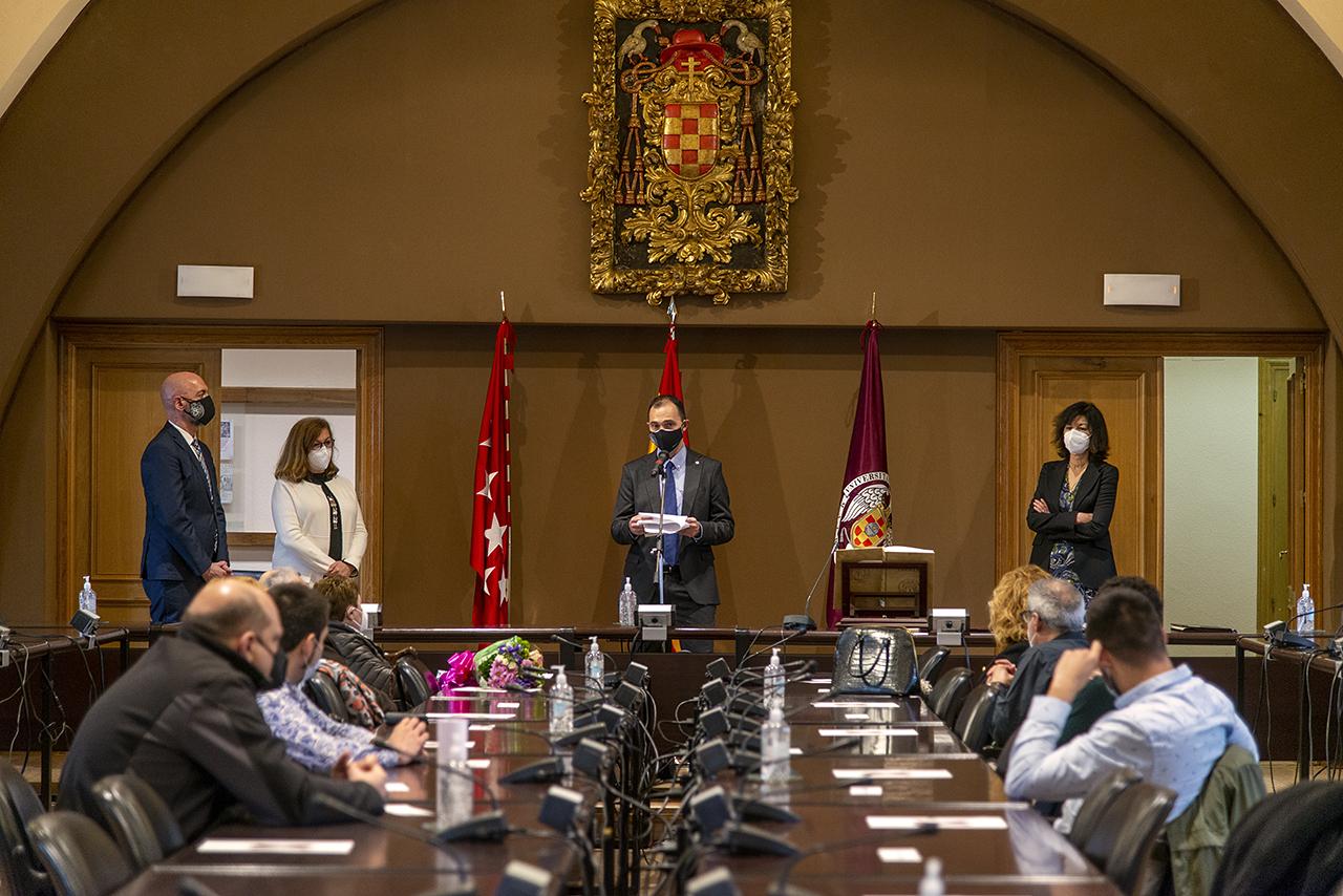 El acto se celebró en la sala de Juntas del Rectorado