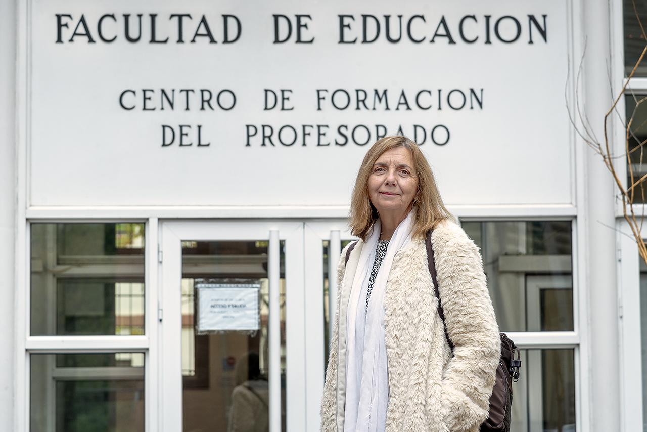 """María Vega, profesora de la Facultad de Educación: """"Un profesional de la educación lo primero que tiene que entender es que es un ser humano que está ahí para ayudar a otro ser humano"""""""