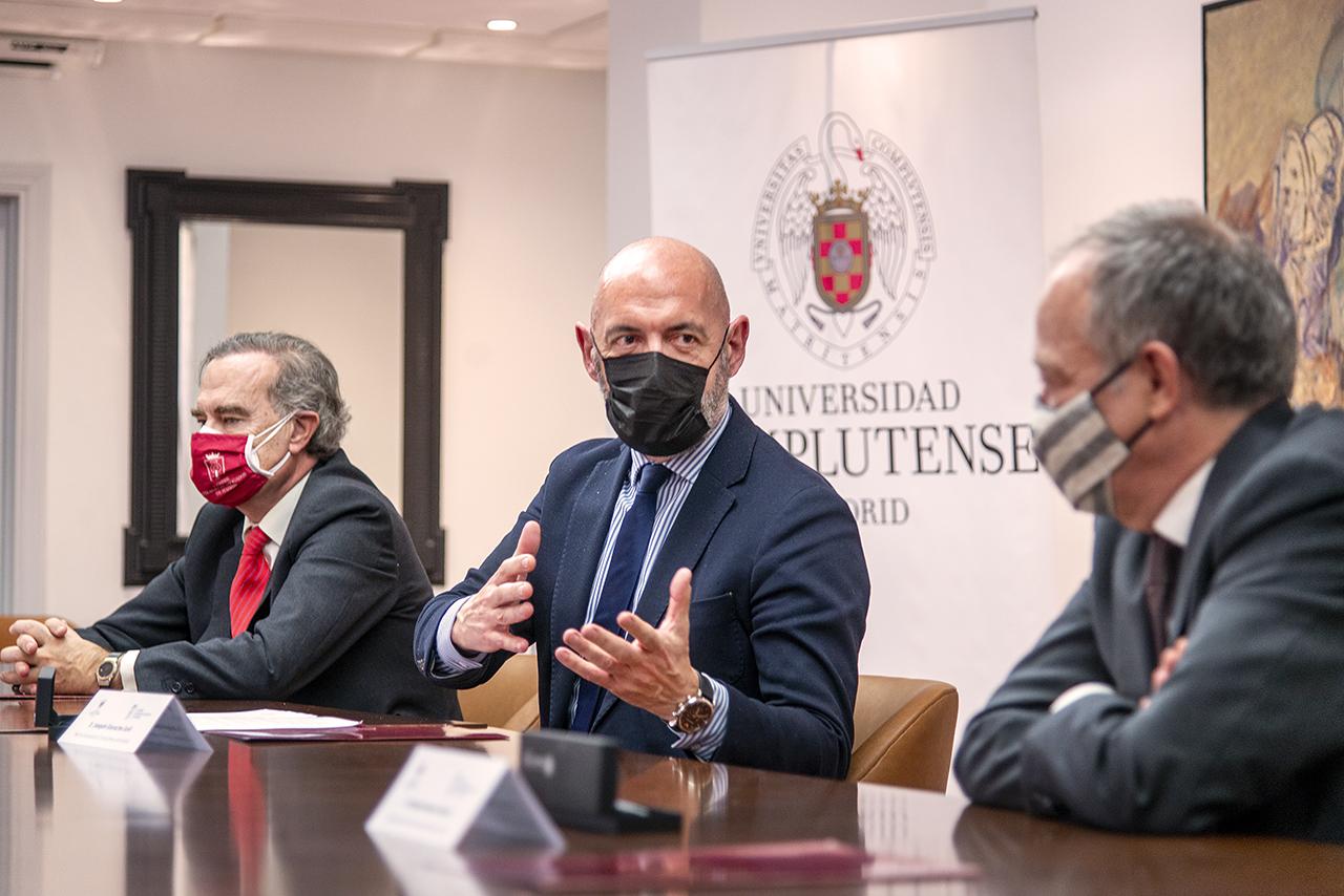 La Complutense estrecha los lazos con el Colegio de Abogados de Madrid