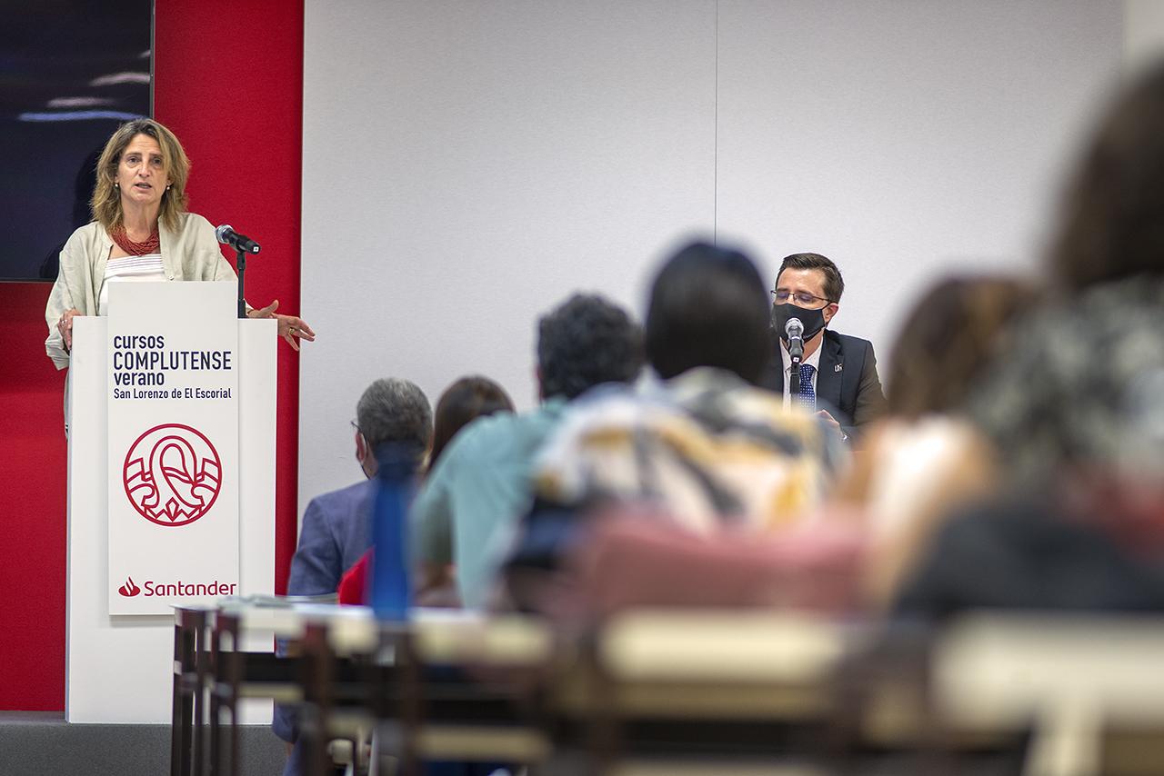 La ministra hizo un llamamiento colectivo para recuperar la España rural