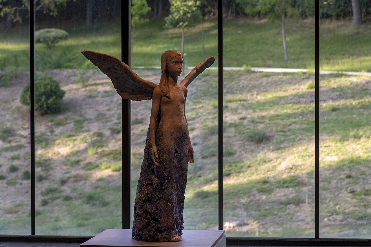 """""""Beatrice"""", escultura de la profesora Teresa Guerrero"""