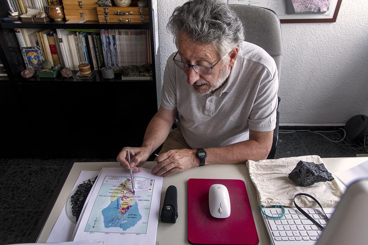 Eumenio Ancochea explica la evolución de los terremotos antes de la erupción