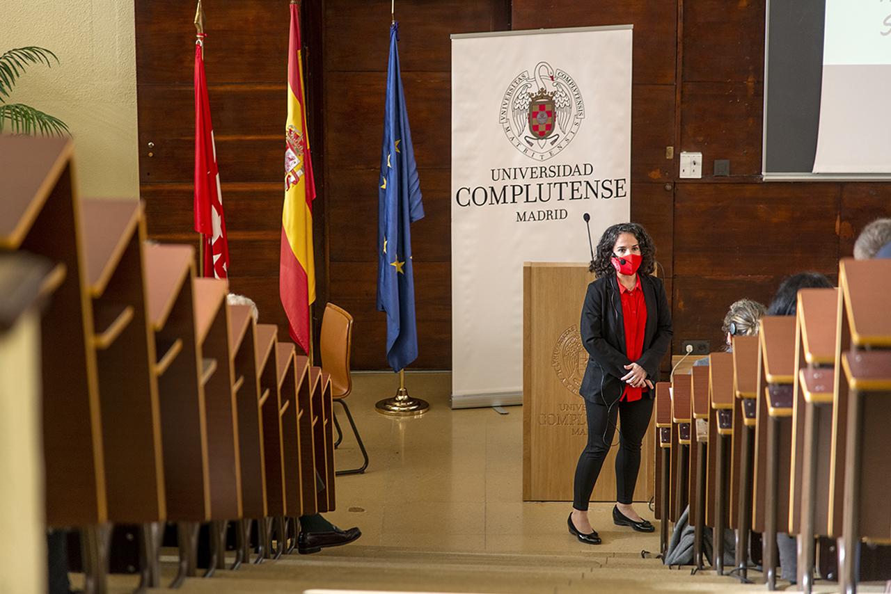 Sara García Linares, investigadora postdoctoral UCM-Harvard del Departamento de Bioquímica y Biología Molecular, ha sido la encargada de glosar el Premio Nobel de Química 2020