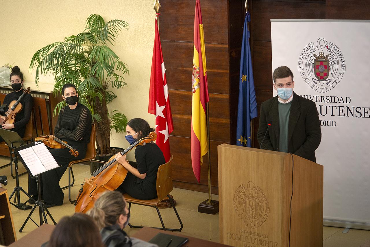 Alejandro Martín habló en representación de los alumnos de Emilio Morán