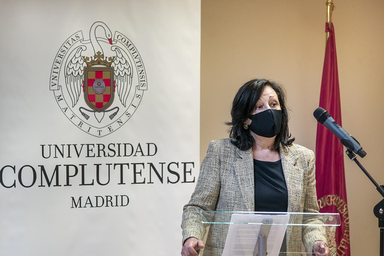 La profesora Concepción Gómez, presidenta de APREM