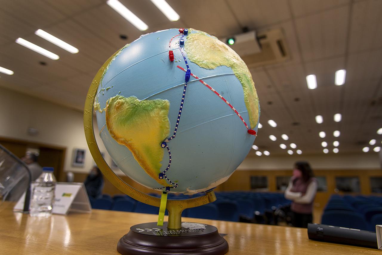 Incorporación de la ruta Magallanes al primer globo terráqueo accesible