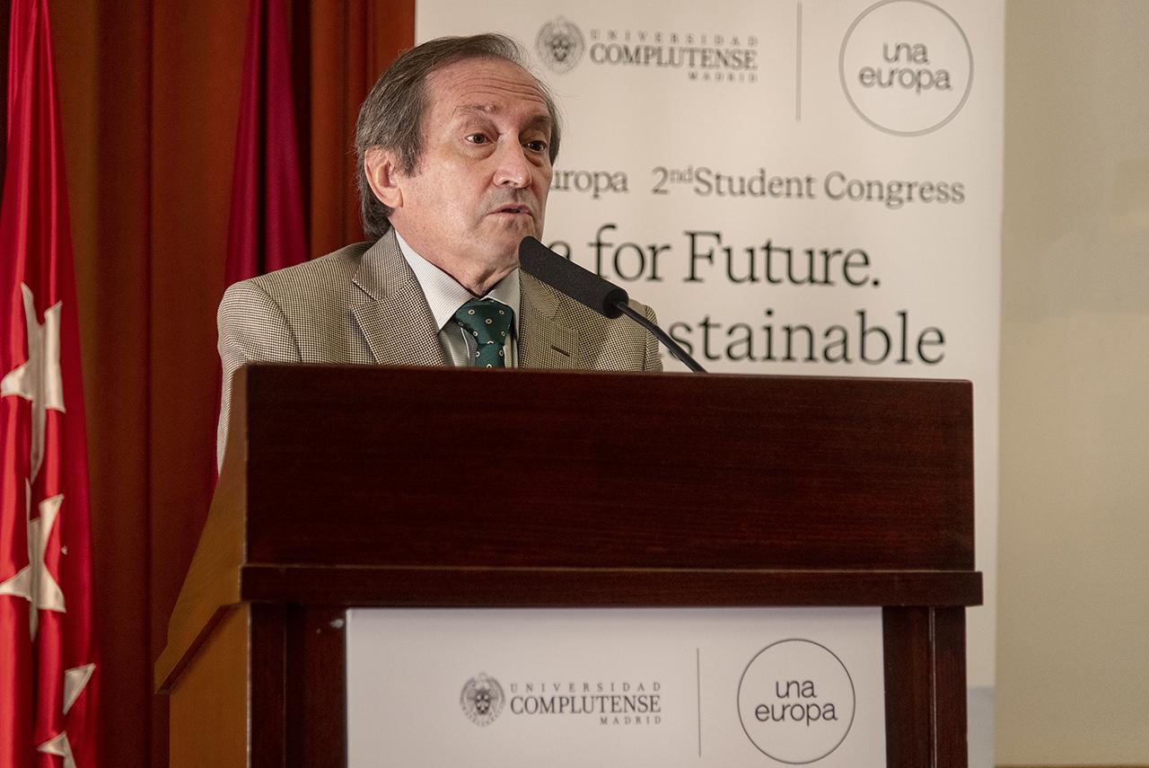 Dámaso López, vicerrector de Relaciones Internacionales y Cooperación de la Universidad Complutense