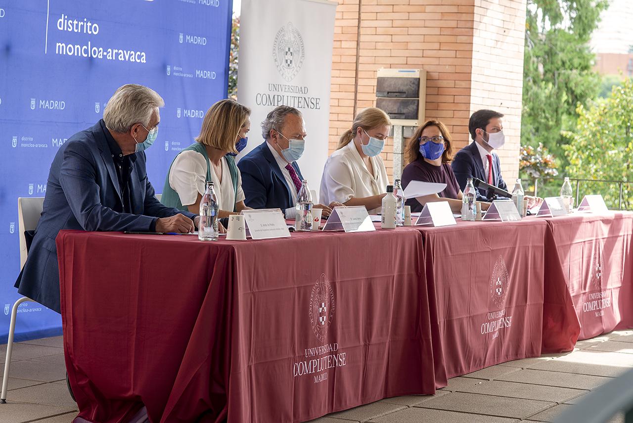 El convenio da continuidad a la colaboración que han mantenido estas instituciones durante los dos últimos años para luchar contra las novatadas