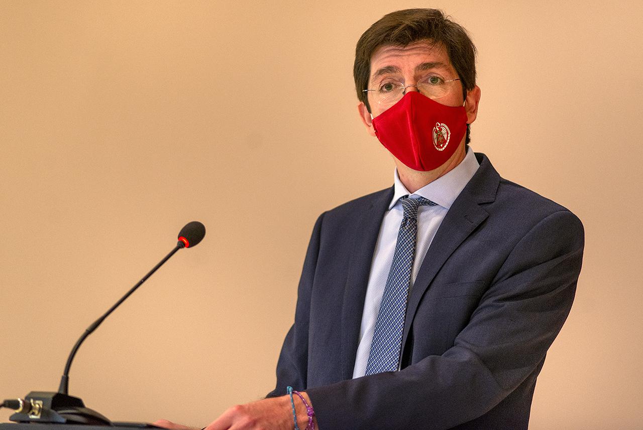 Carlos Rivero, decano de Ciencias Económicas y Empresariales