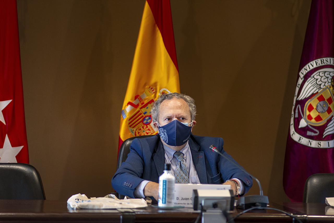 El vicerrector Juan Carlos Doadrio presidió el acto