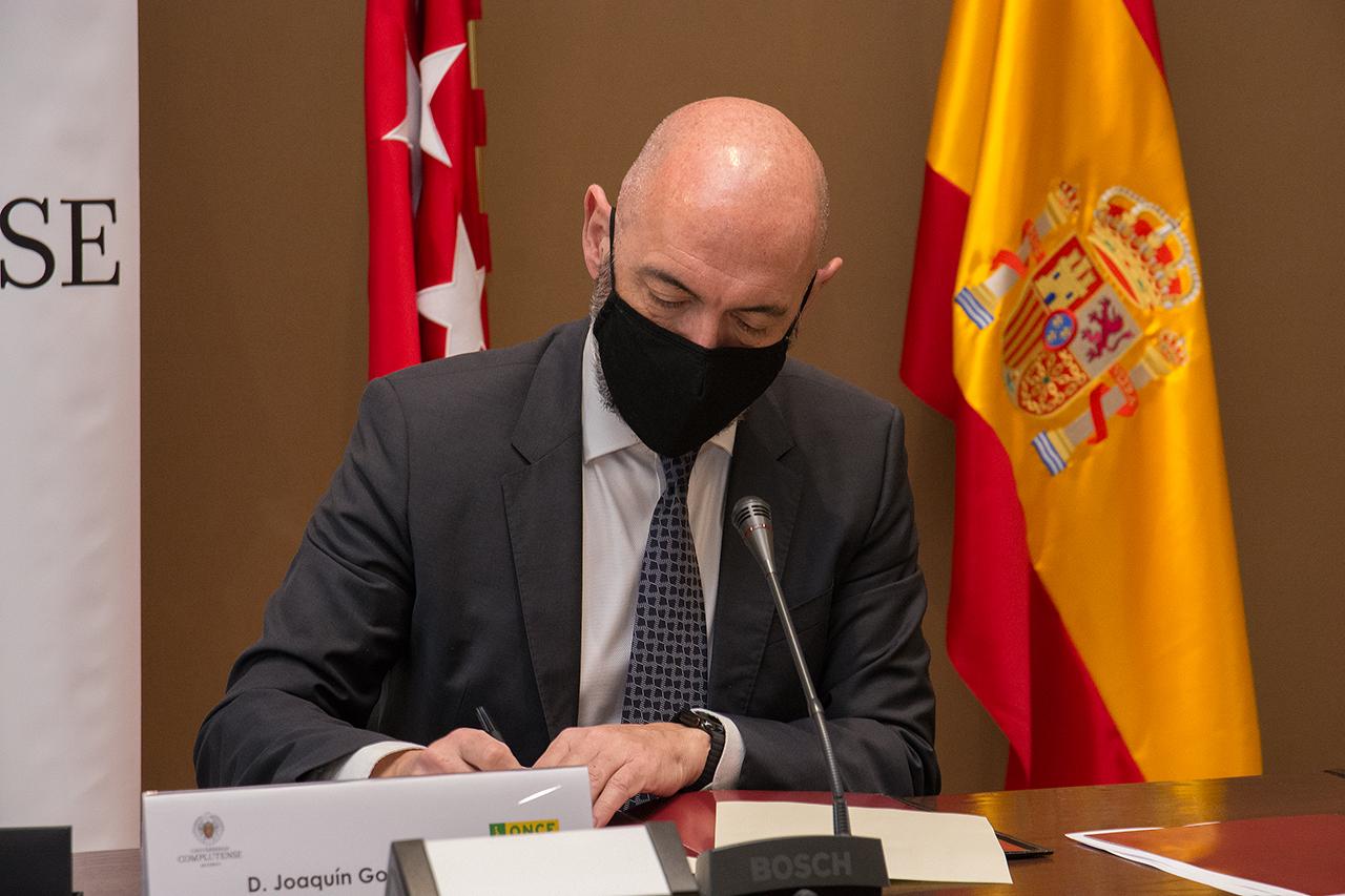 El rector Goyache destacó la larga y fructífera colaboración entre ONCE y UCM