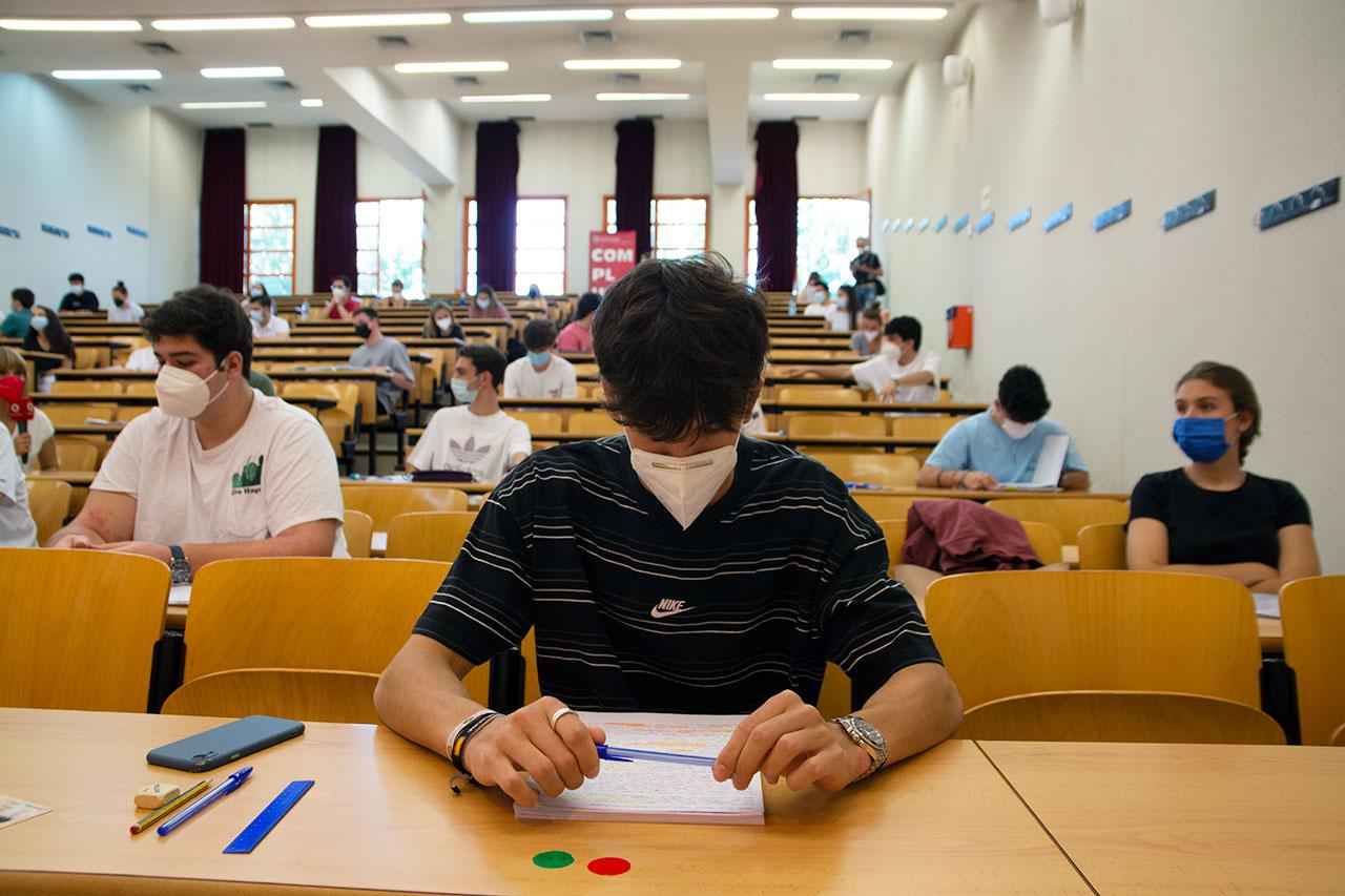 Más de 12.500 estudiantes realizan la EvAU en la Universidad Complutense