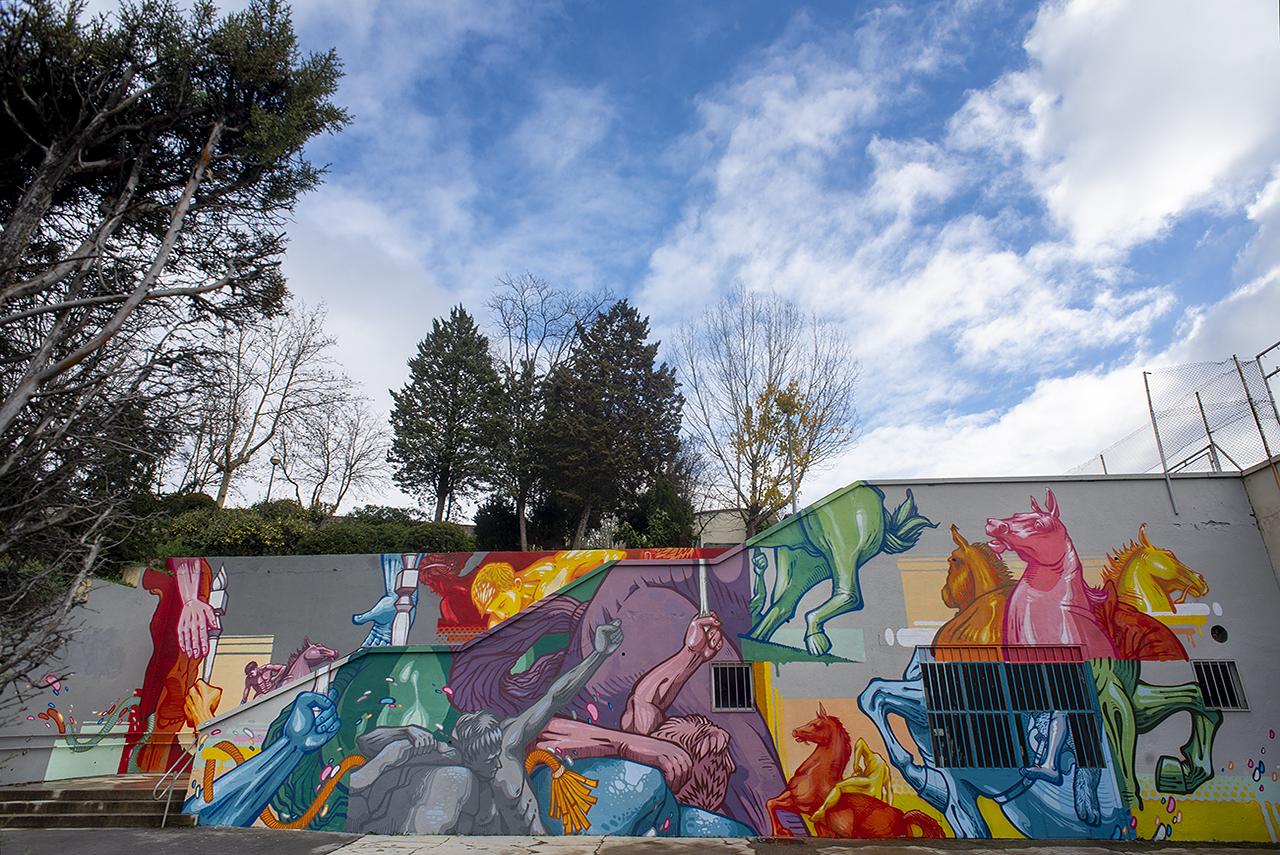 El mural de Zeta añade color y belleza al campus de Moncloa