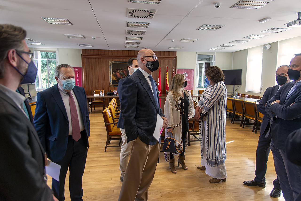 El objetivo del convenio firmado entre la UCM y Netmentora Madrid es la creación de empleo