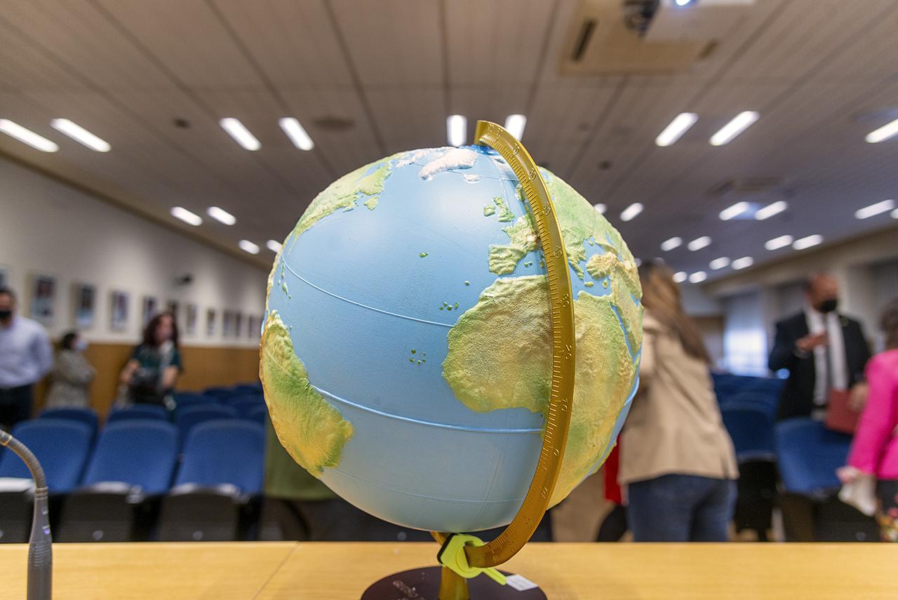 El primer globo terráqueo accesible