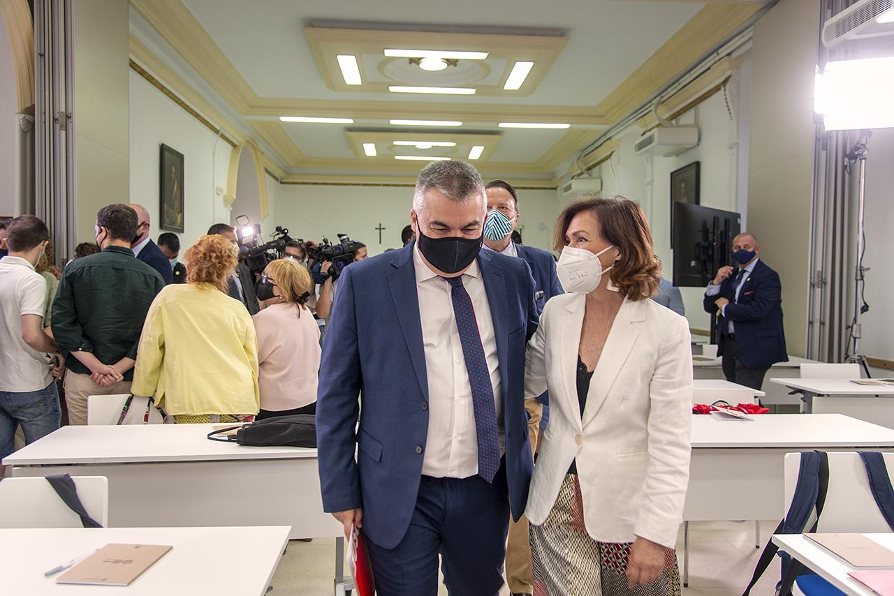 Calvo, con el presidente de la Fundación Pablo Iglesias y nuevo secretario de Organización del PSOE, Santos Cerdán