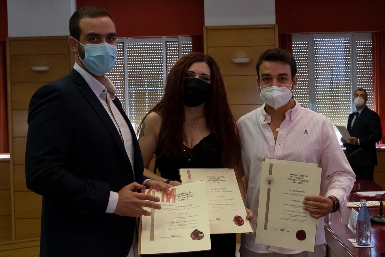 Diego Fajardo Puig, Victoria Menéndez García y David Valcárcel Santos, de la startup farmacéutica Geistek Pharma S.L