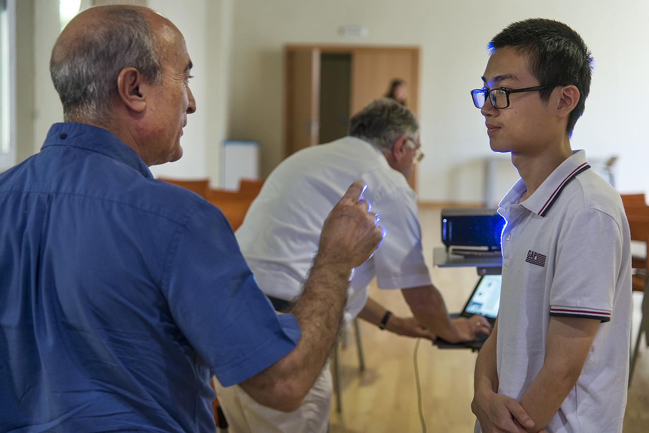 El jurado ha destacado la labor de mentor del profesor Martín, con la que está asegurando el relevo científico generacional