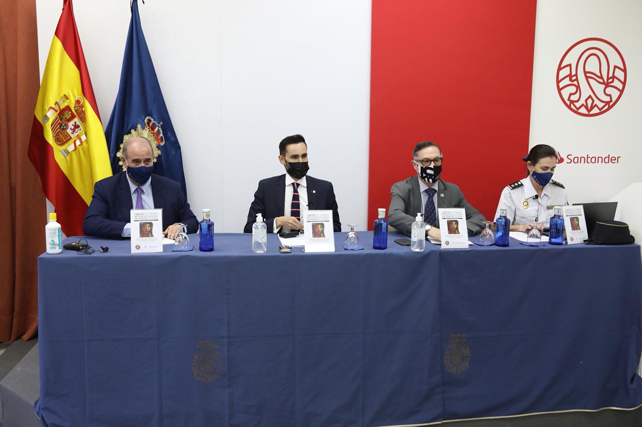Francisco Pardo Piqueras, Rafael Pérez Ruiz, Víctor Briones y María Jesús Llorente Vega