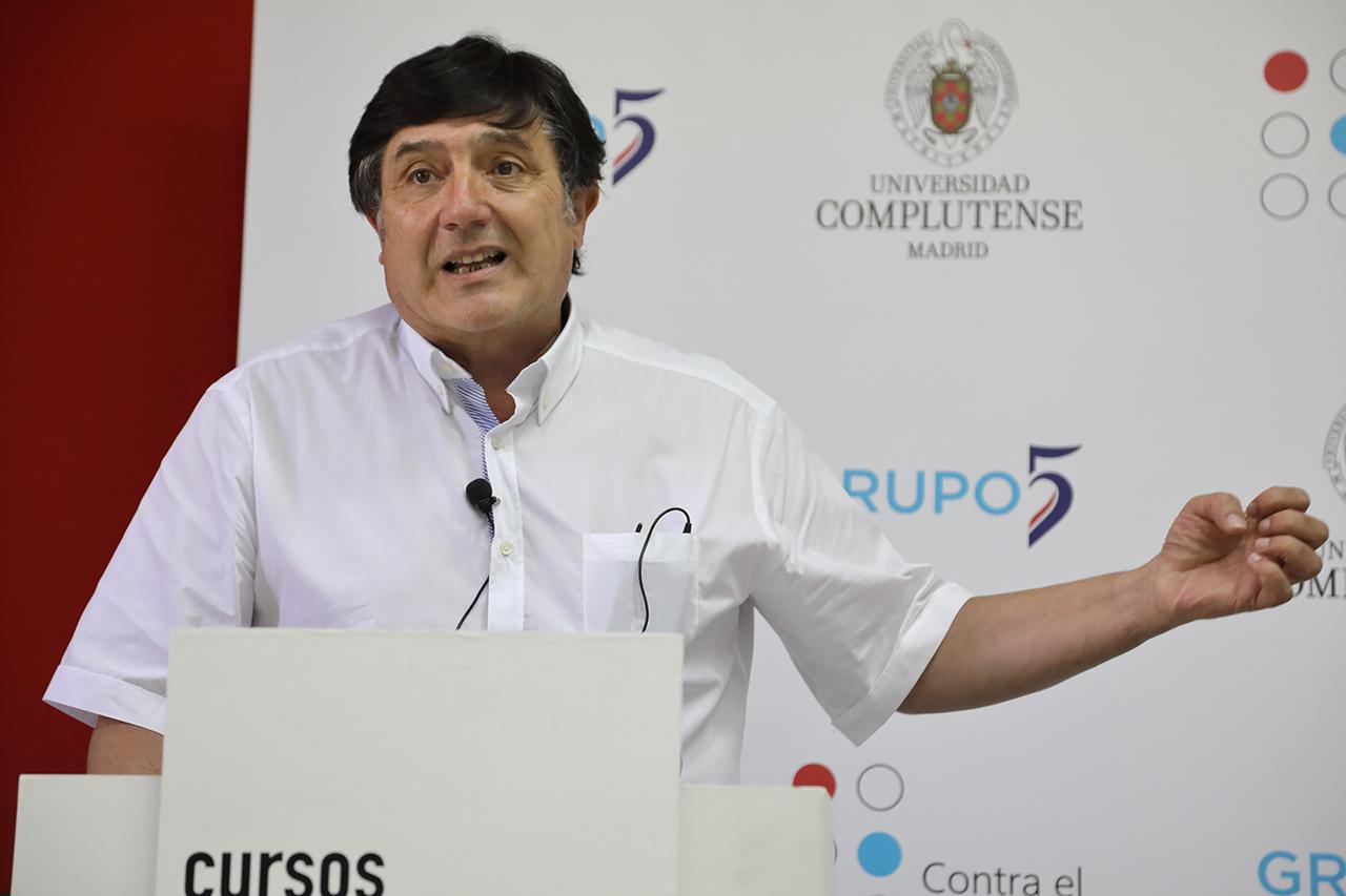 """Manuel Muñoz López, director de la Cátedra UCM Grupo 5 Contra el Estigma y director de la jornada """"El estigma en tiempos de pandemia"""""""