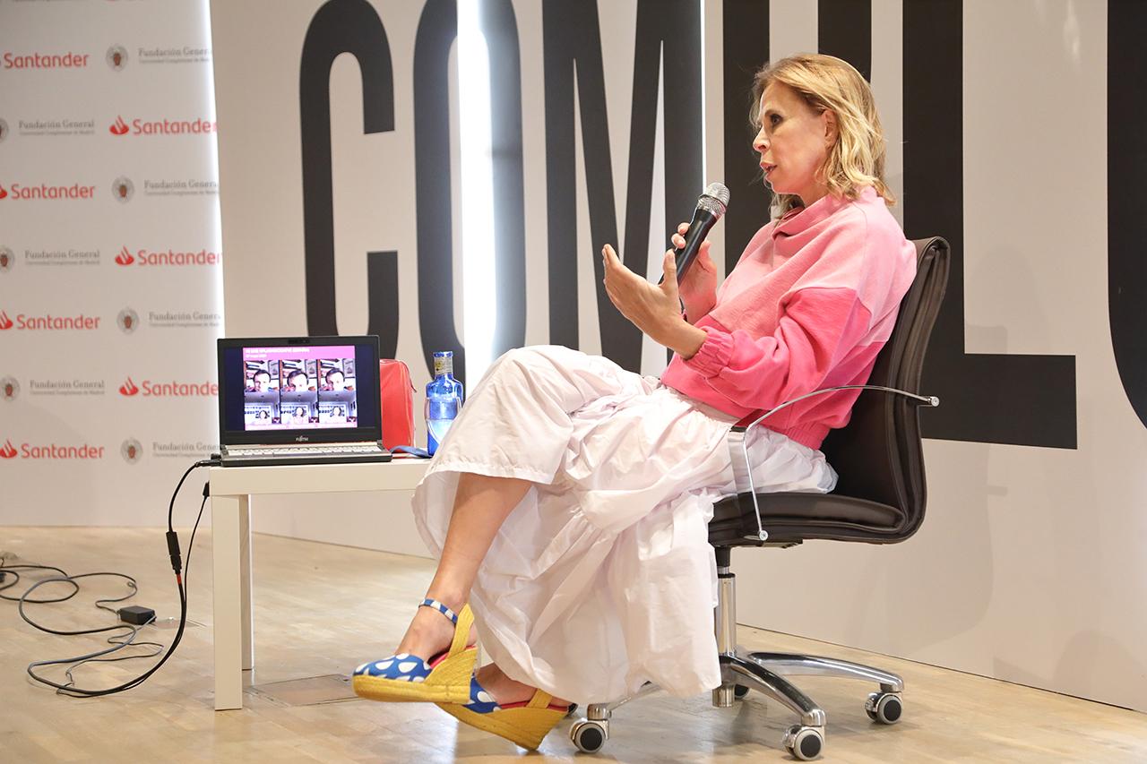 Ágatha Ruiz de la Prada llegó al mundo del diseño desde el dibujo y la pintura, dos de sus más destacadas aficiones