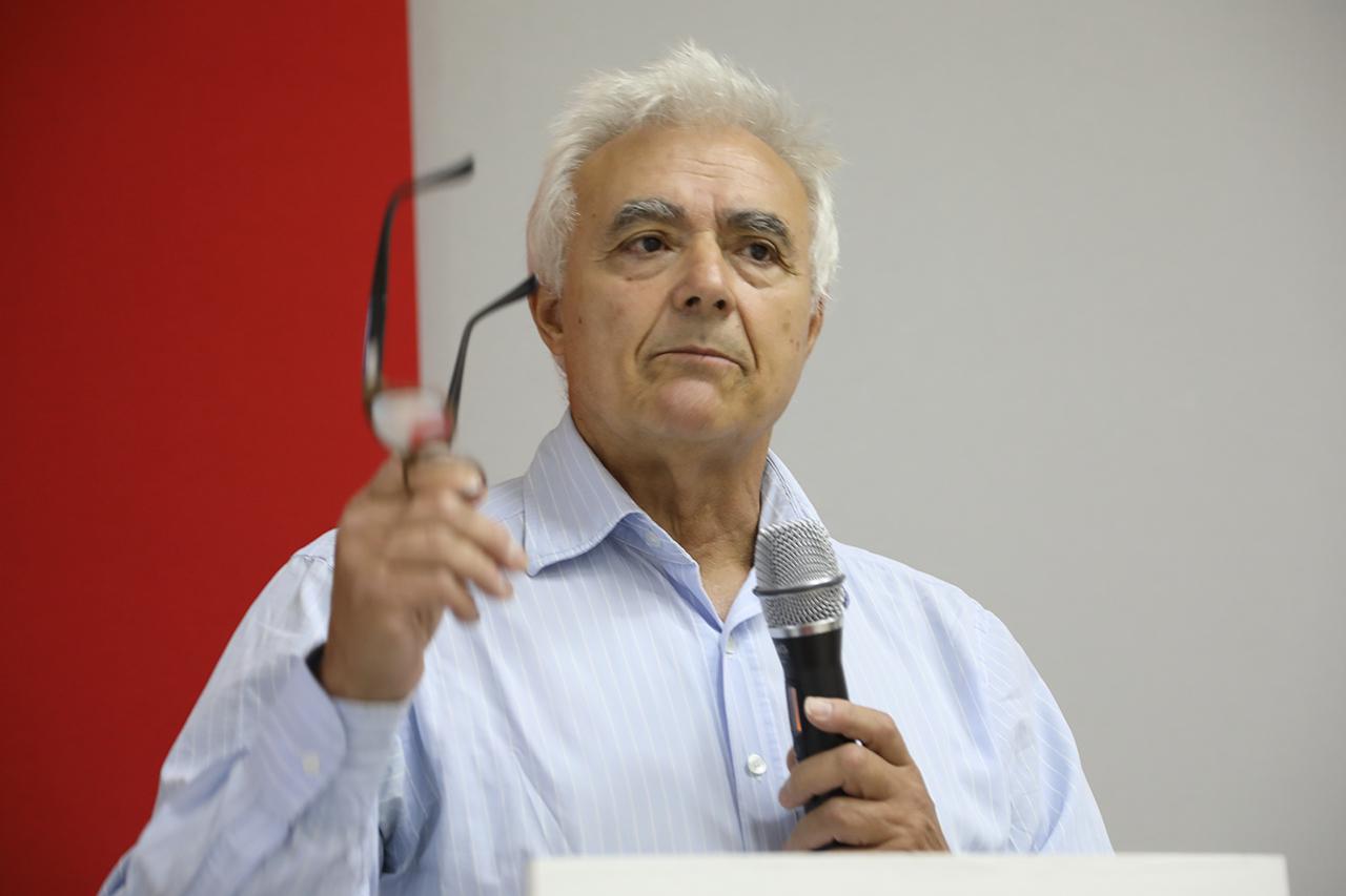 """Luis Bañares, director del curso """"La energía del futuro: retos de la fusión nuclear"""""""