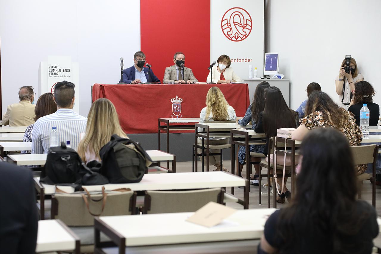 Inauguración del curso con José Antonio Sanahuja, Dámaso López y Marisa Ramos