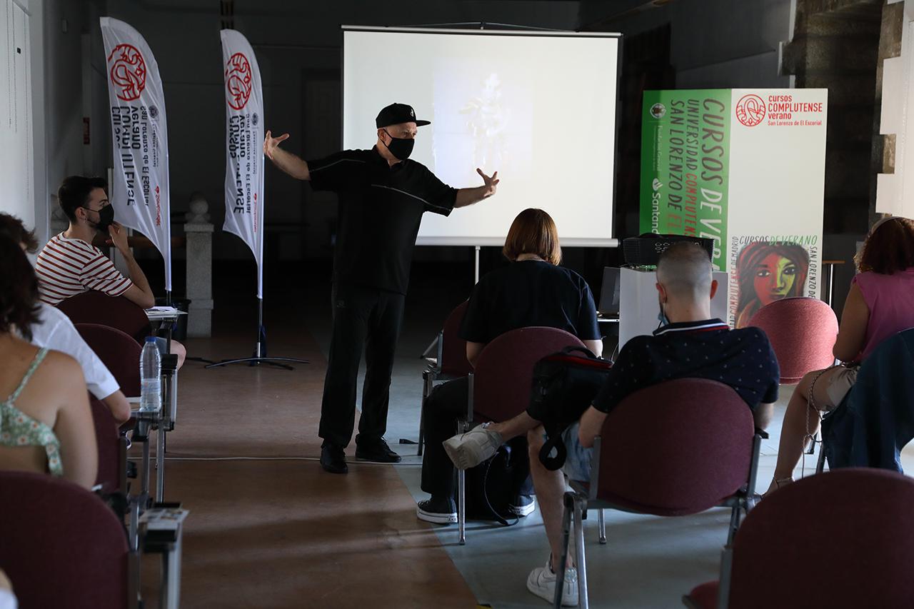 Miguel Trillo, en un momento del taller dentro de los Cursos de Verano de la Complutense