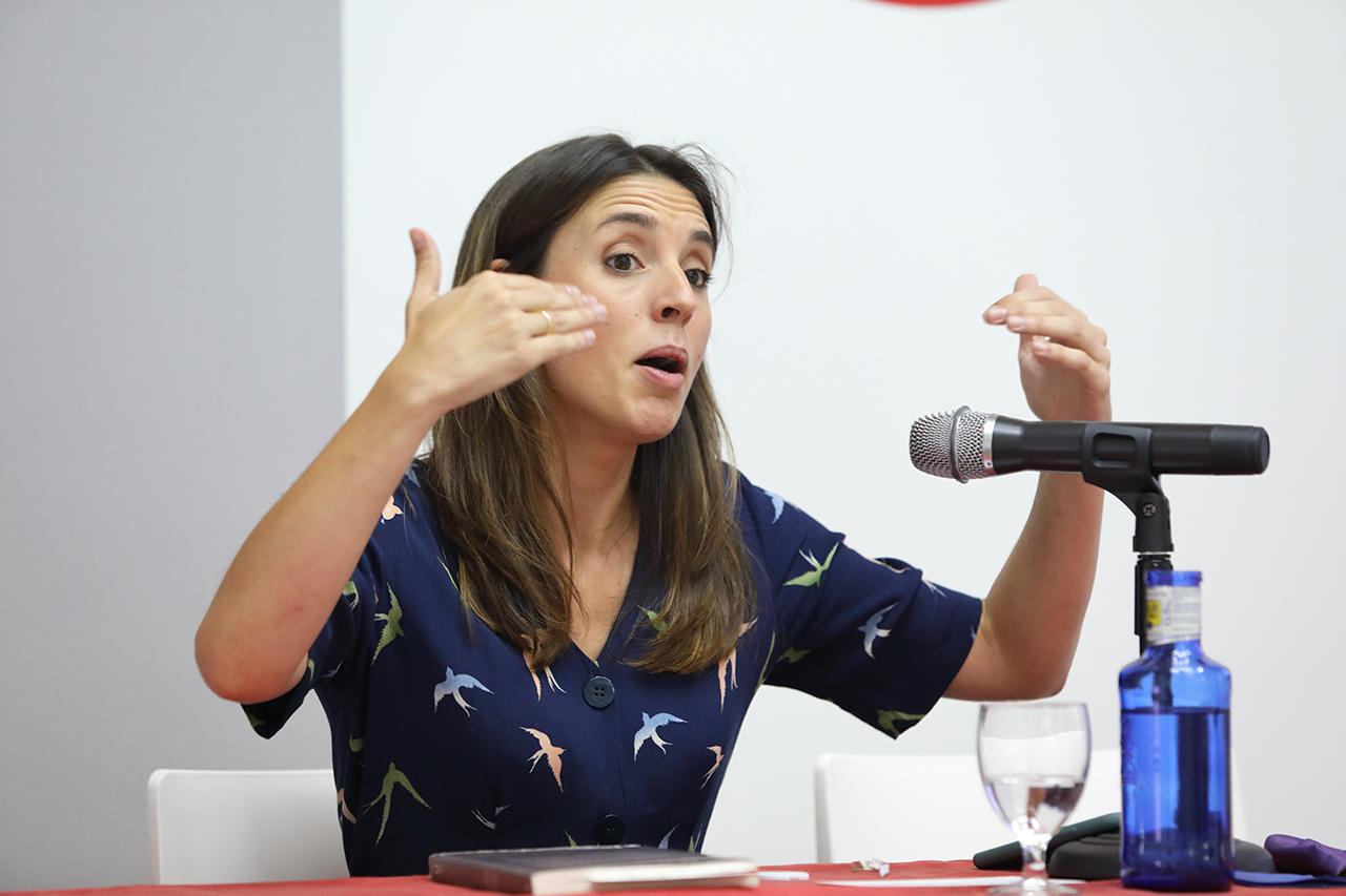 La ministra Irene Montero ha expuesto las características de la cuarta ola del feminismo