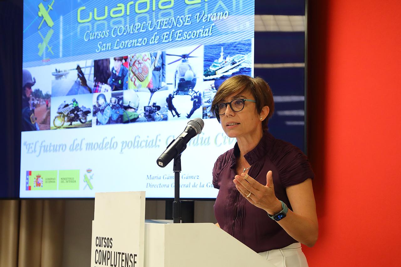 La directora general de la Guardia Civil apuesta por un cuerpo más verde y con mayor participación de la mujer