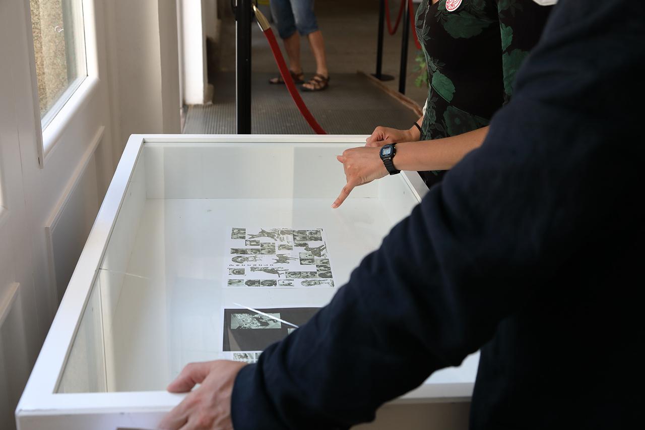 """Exposición """"Laboratorio de Migraciones: Memoria y olvido en tres estampas"""", que se puede visitar en la Casa de la Cultura"""