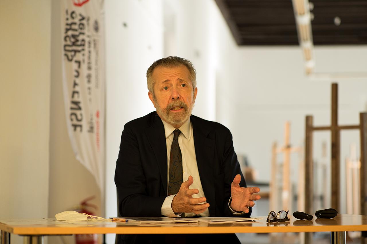 El pintor Hernán Cortés