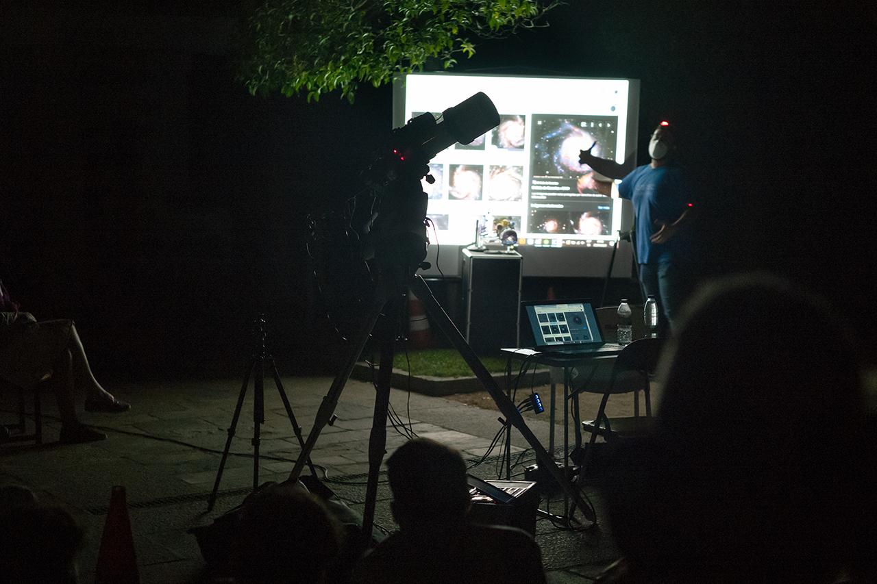 La observación astronómica fue organizada por la asociación de astrónomos aficionados de la Universidad Complutense de Madrid (ASAAF-UCM)