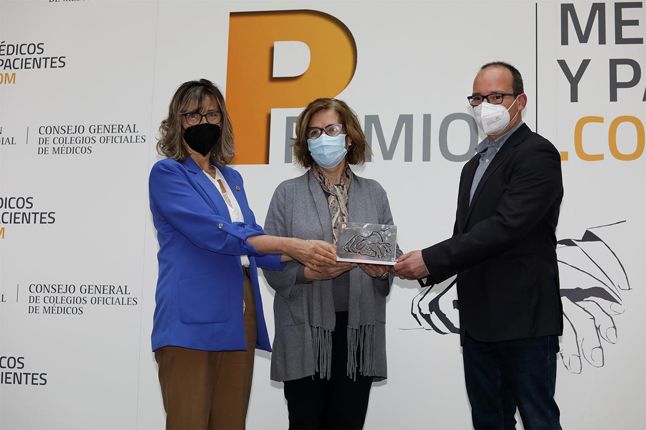 La Complutense, premio a la Mejor Acción Social frente a la COVID-19 del Consejo General del Colegio de Médicos
