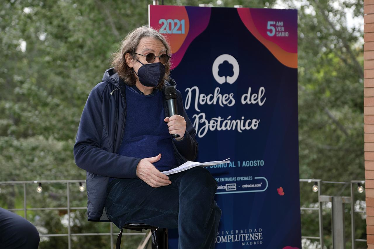 """Julio Martí enumeró los grupos y cantantes que forman parte de este """"festival maravilloso"""""""