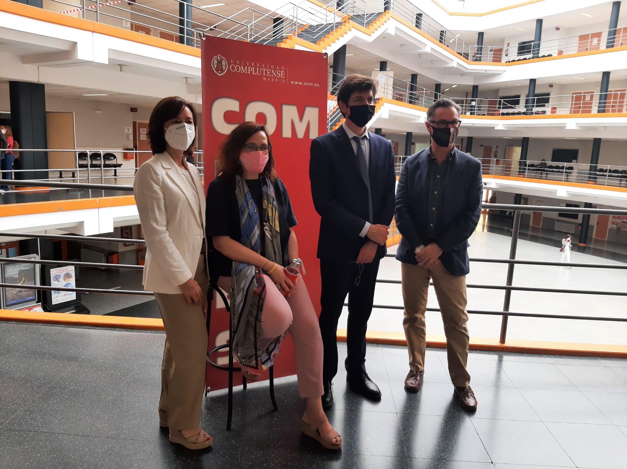 La directora general de Universidades y Enseñanzas Artísticas de la Comunidad de Madrid, Irene Delgado, junto a Rosa de la Fuente, Carlos Rivero y Víctor Briones