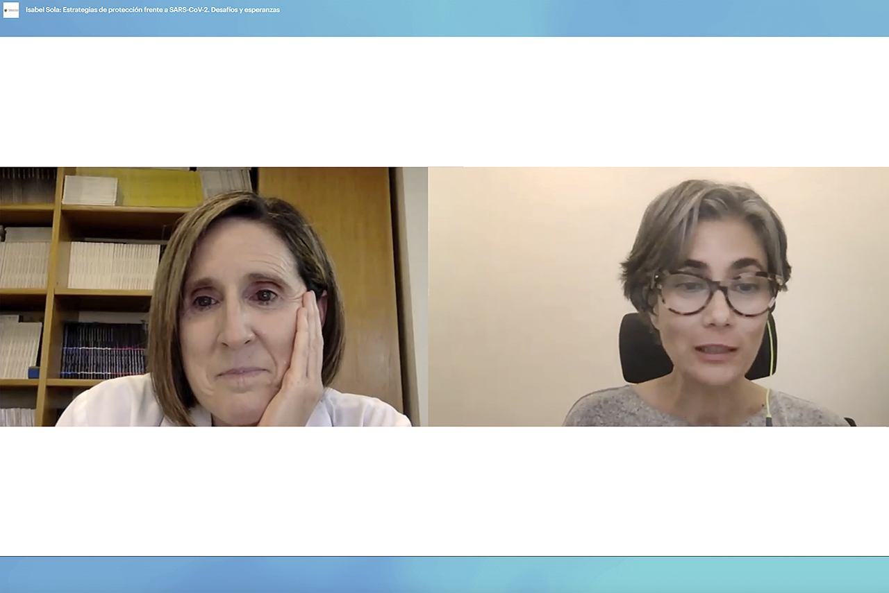 Isabel Sola y Cristina Sánchez, vicedecana de Investigación de la Facultad de Ciencias Biológicas