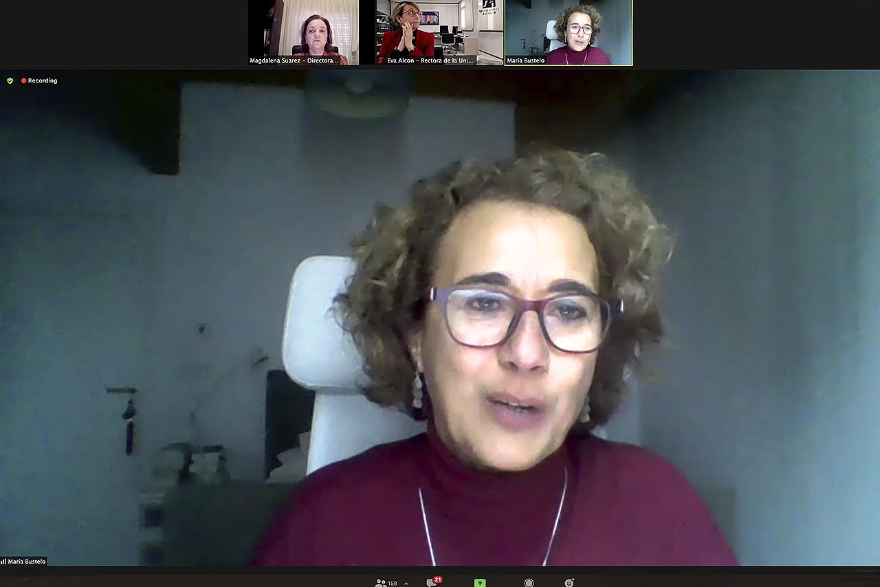 La profesora María Bustelo, coordinadora europea del proyecto Supera