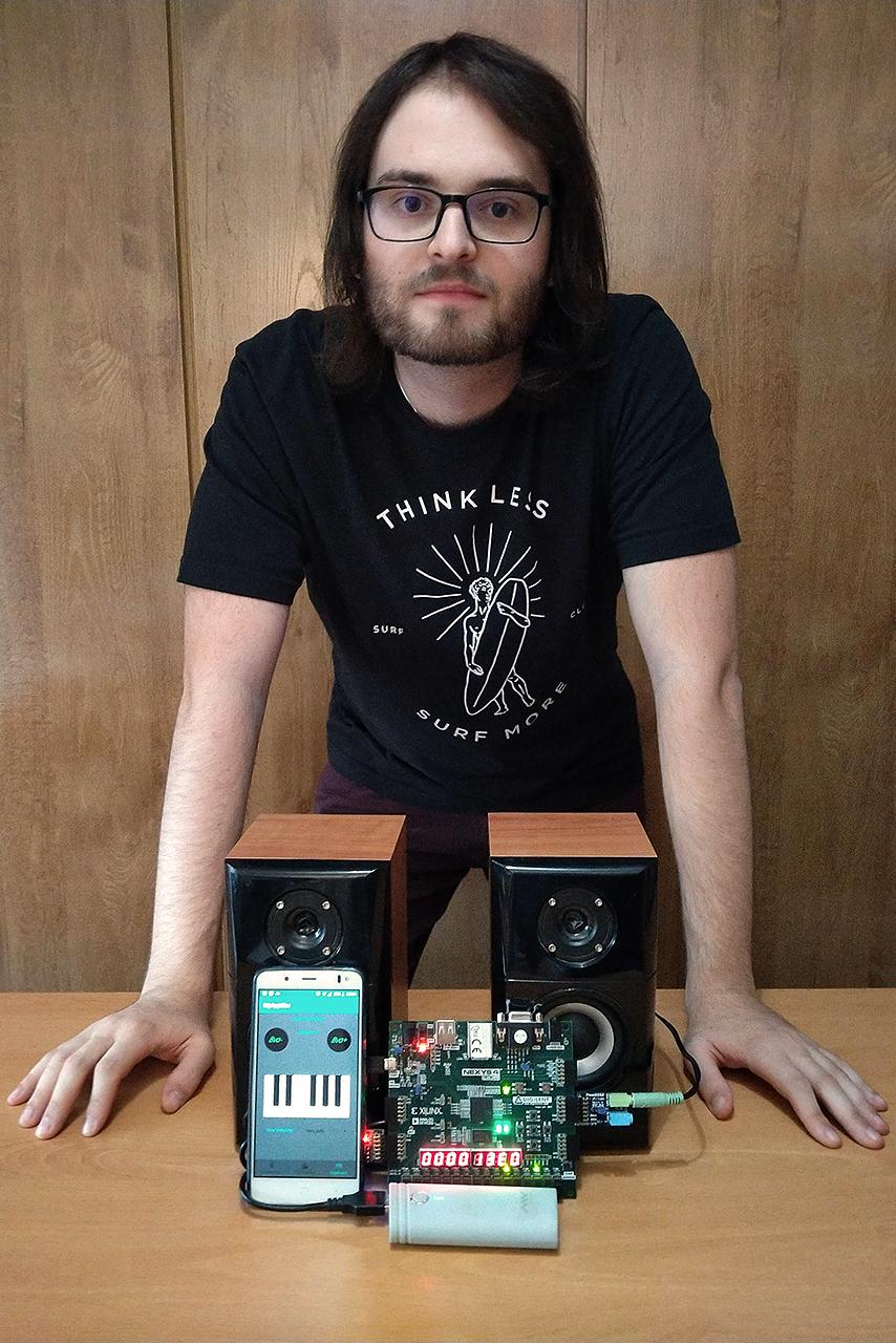 Fernando Candelario, finalista en el Concurso Open Hardware 2020