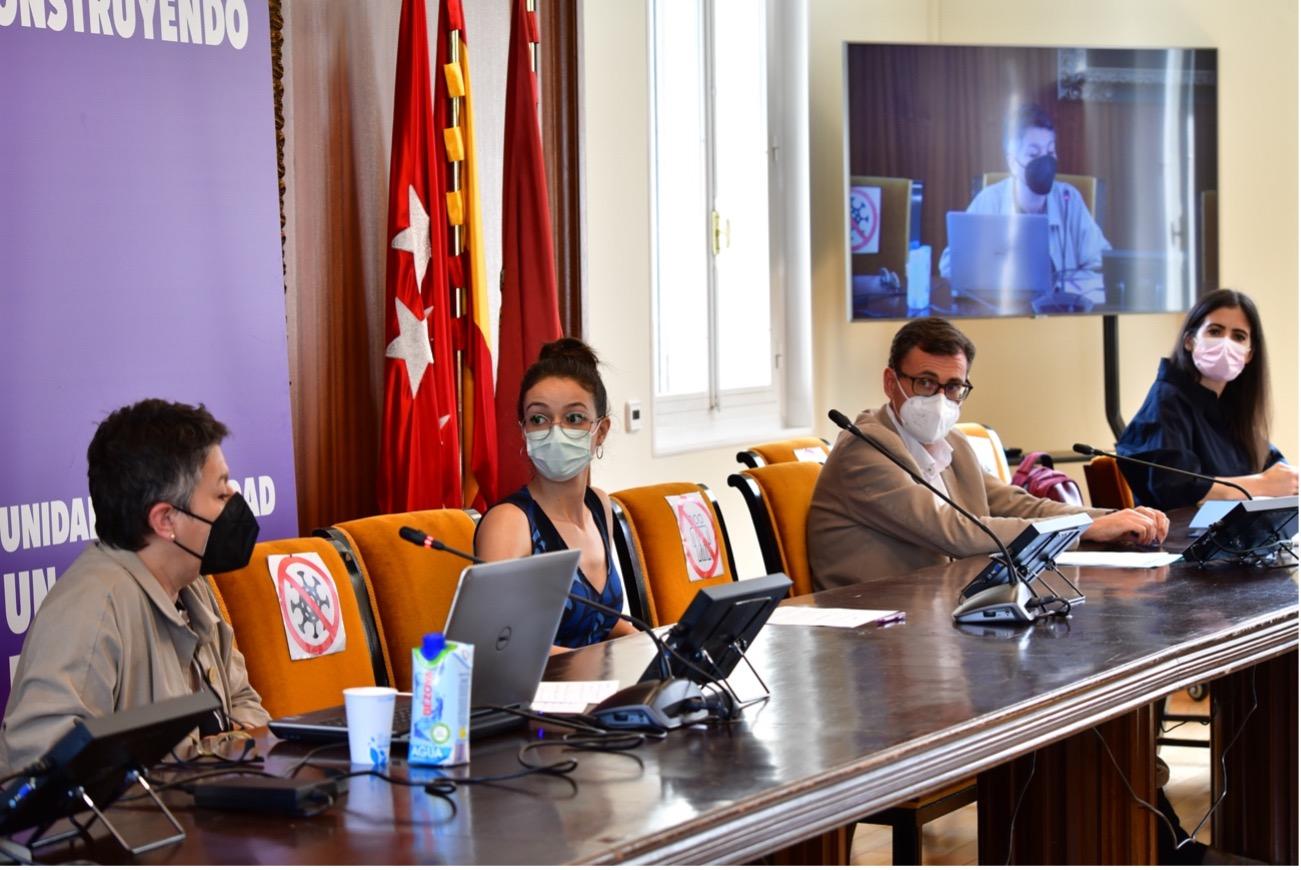 Carmen Saban Vera, María López Vázquez, Santiago García Campá y Paula Ruíz Torres / Fotografía: Agustín Millán