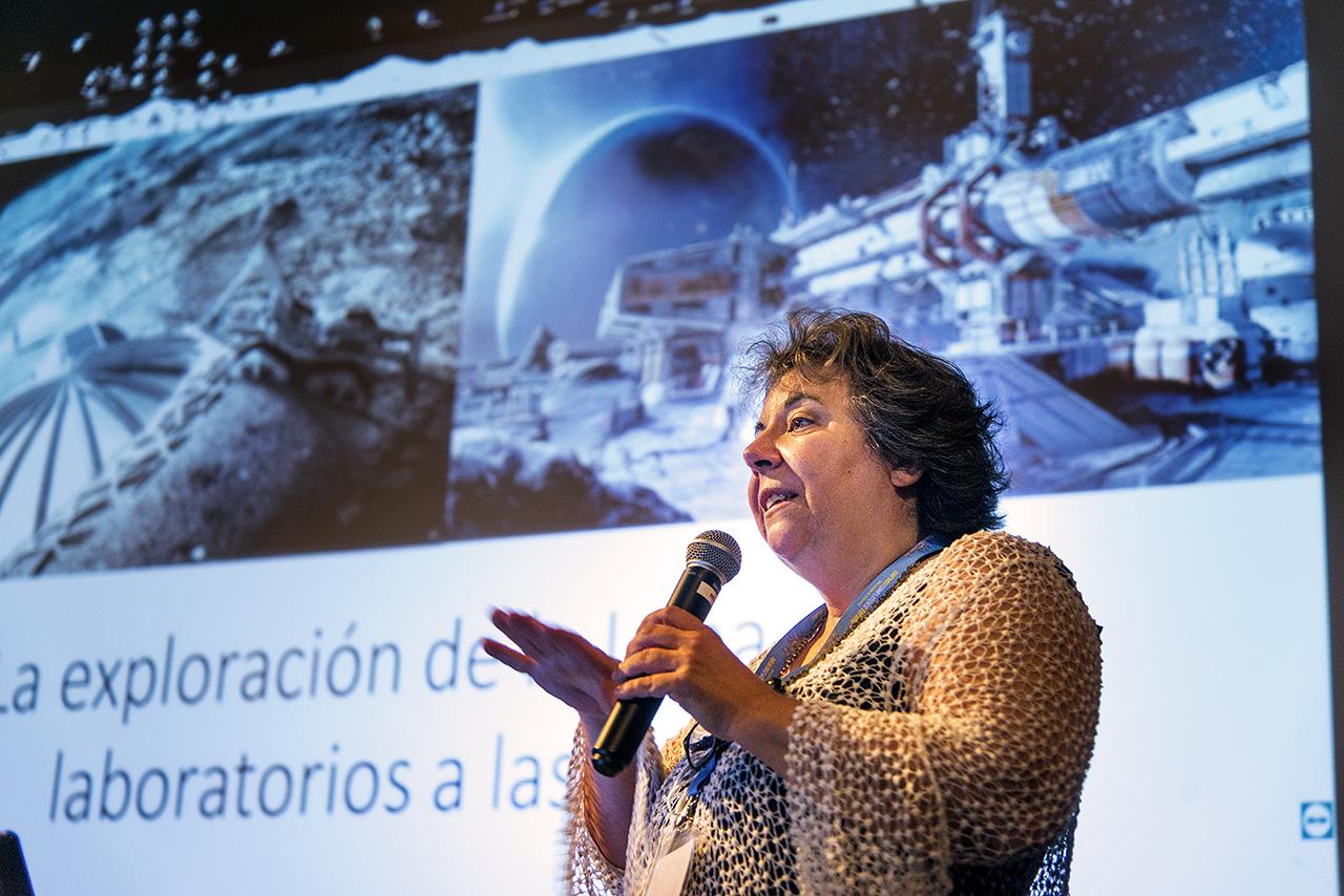 La Complutense acoge la quinta edición del Congreso Internacional de la Red para la Astronomía Ultravioleta